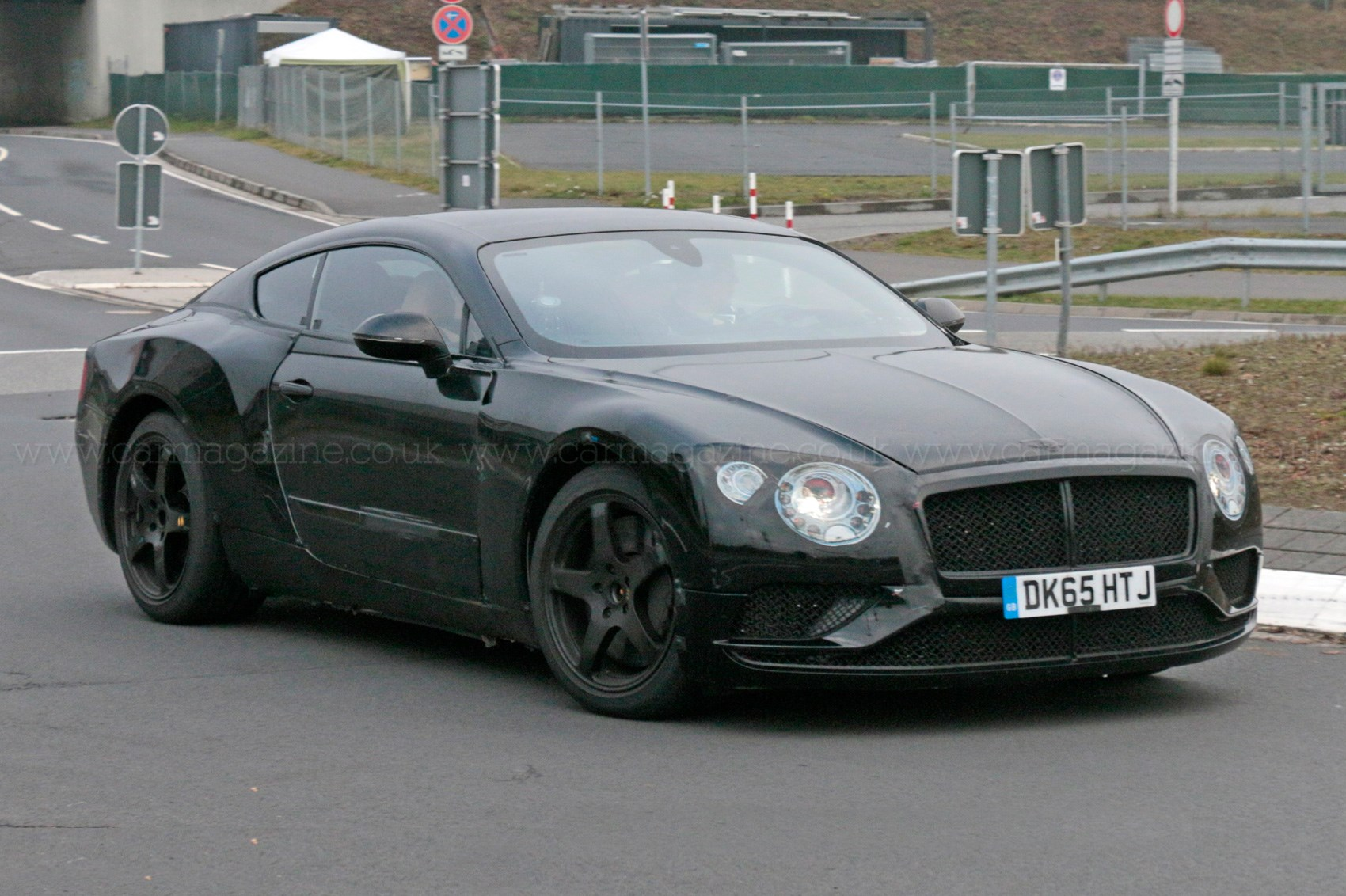 Вweb-сети интернет появились новые рендеры Бентли континенталь GT2018