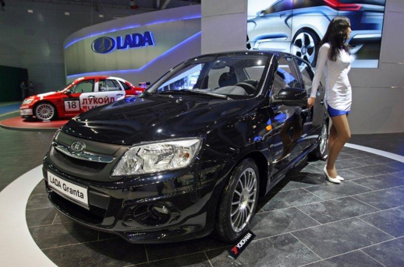 Lada Granta вновь стала самой популярной в России