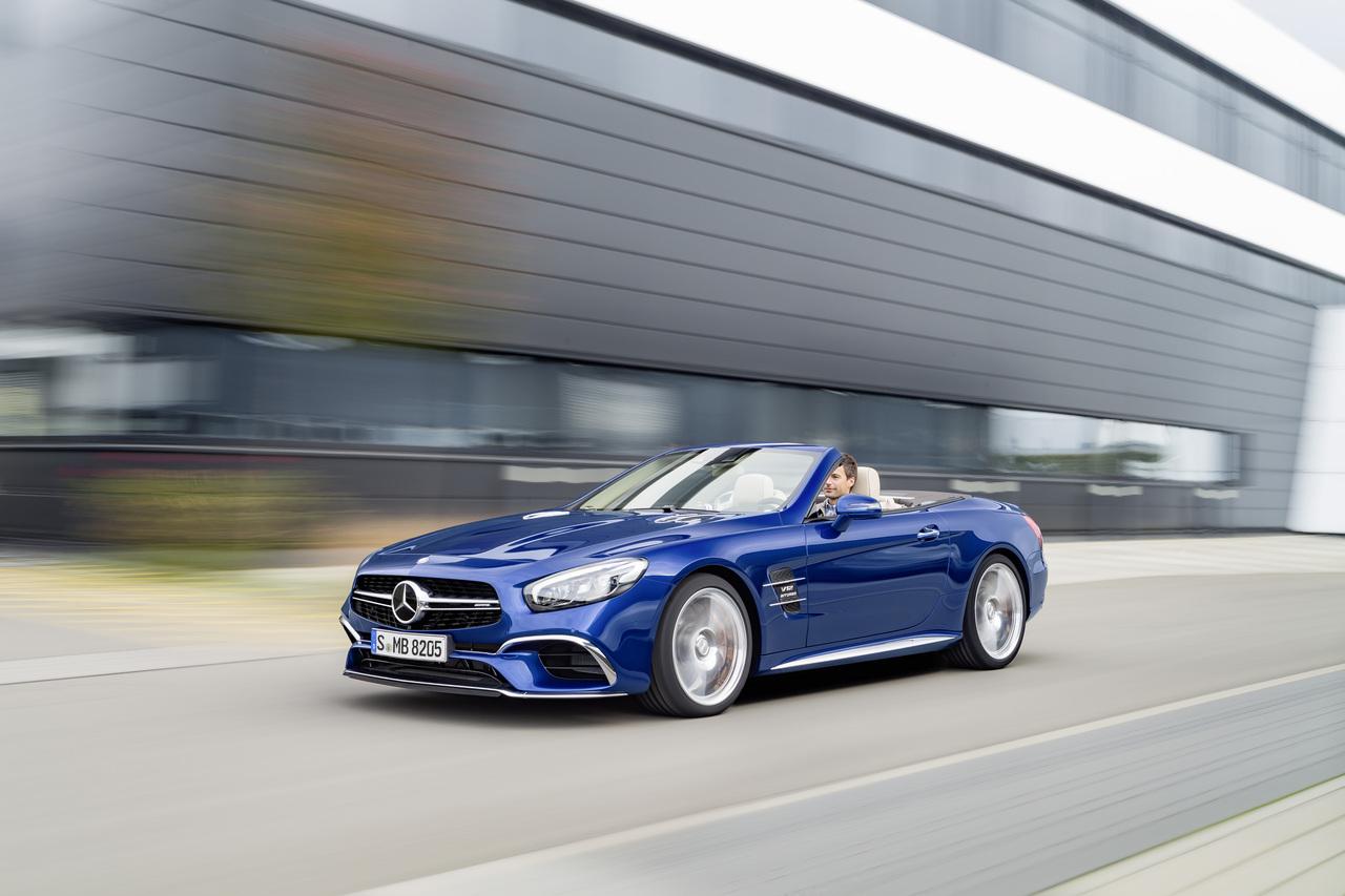 Стало известно как будет выглядеть родстер Mercedes Benz SL
