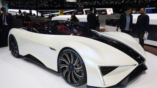 Китайцы представили 1-ый вмире электрокар стурбинным мотором